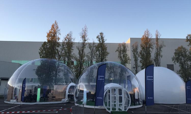 location et vente d'igloos géants connectés transparent et gonflable