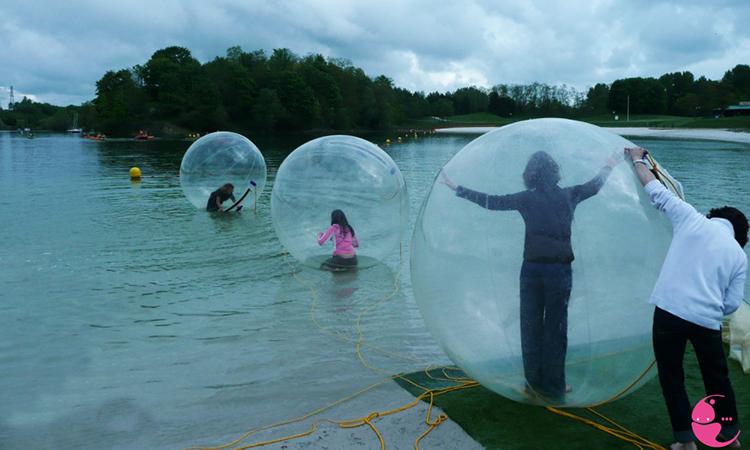 Acheter ou louer des bulles sur l 39 eau water ball fabricants de bulles - Acheter tente bulle transparente ...