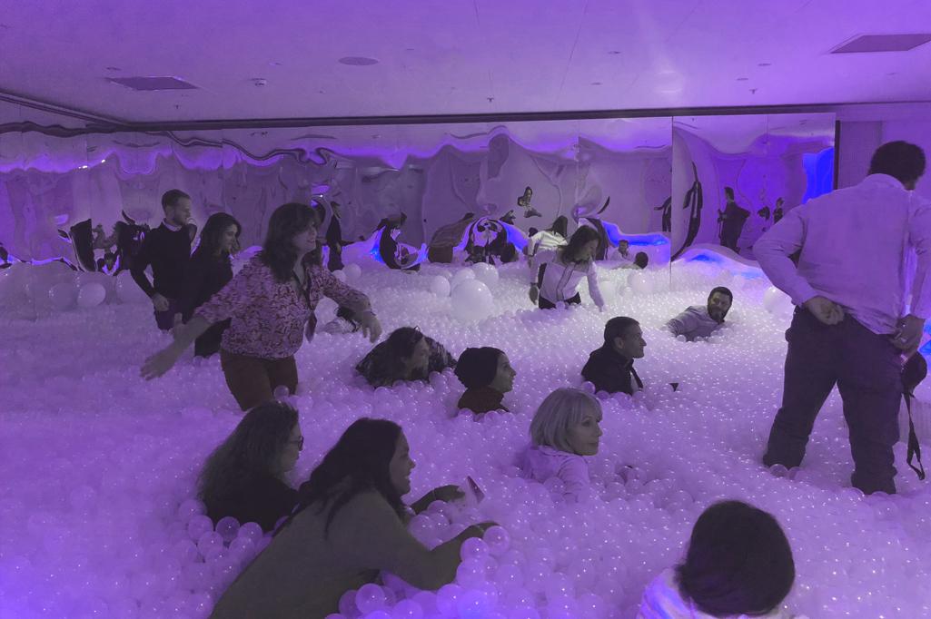 bubble pool lors d'un séminaire de team building